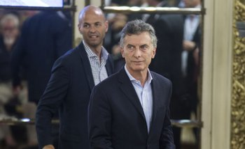 Casi 12 mil despidos a menos de un mes del gobierno de Macri   Macri presidente