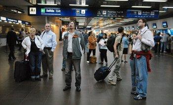 Tras caerse un acuerdo con Aerolíneas, quebró la empresa Sol: 300 despidos | Quiebra de sol
