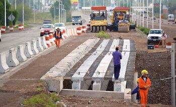 El Gobierno admitió que paralizó obras públicas y peligran más puestos de trabajo | Construcción