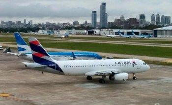 LATAM: el Gobierno se reúne con gremios aeronáuticos | Latam