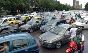 En 2018 se derrumbó más del 10% la venta de autos   Venta de autos