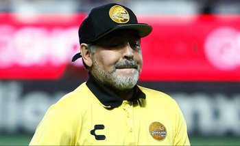 Operaron a Diego Maradona por un sangrado estomacal | Diego maradona