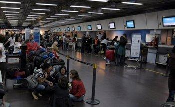 Paro de pilotos: qué vuelos tienen demoras y cancelaciones   Anac