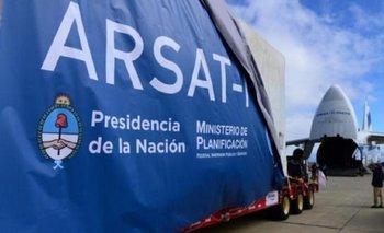 Por DNU, el Gobierno perjudicó a ARSAT y le quitó frecuencias que otorgará al sector privado | Arsat