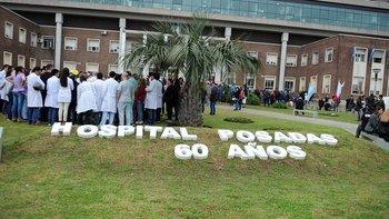 Estudian reincorporar 200 despedidos del Hospital Posadas   Hospital posadas