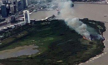 Incendio de pastizales en la Reserva Ecológica de la Costanera Sur porteña | Reserva ecológica