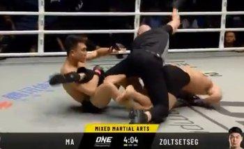MMA: Lo noquearon, quiso seguir peleando y golpeó al árbitro | Virales
