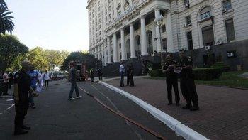 Encontraron explosivos en la oficina de una funcionaria  | Ministerio de defensa