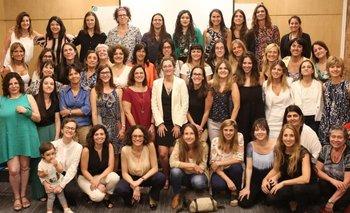 Las mujeres del gobierno piden mayor paridad en las reuniones | Igualdad de género