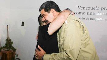 El reencuentro entre Maradona y Maduro | Se reunieron en caracas