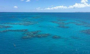Desaparece un barco con 20 personas en el Triángulo de las Bermudas | Fenómenos naturales
