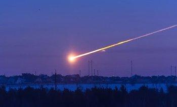 Impactante video: explosión de un meteorito en el cielo de Rusia | Espacio exterior