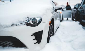 El frío en Europa está afectando los neumáticos de los vehículos | Sociedad