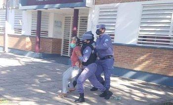 Formosa: detuvieron a dos concejalas que encabezaban una protesta | Coronavirus en argentina