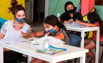 Gobierno y movimientos sociales refuerzan el despliegue en los barrios | Vacuna del coronavirus