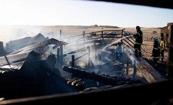 Se prendió fuego un exclusivo parador en Pinamar: quedó destruido | Provincia