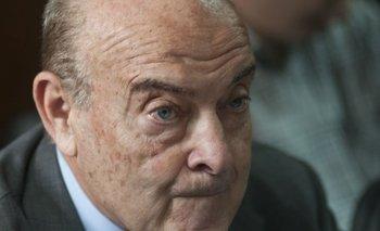 Sobreseyeron a todos los ex funcionarios responsables del megacanje | Domingo cavallo