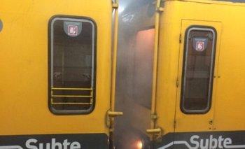 Así se prendió fuego una formación de la línea E del subte en medio del recorrido | Subterráneos de buenos aires