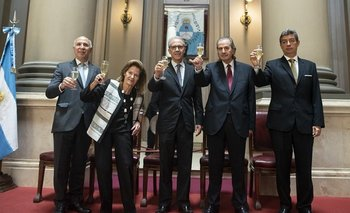 Blanqueo de Capitales: la Corte Suprema define si el DNU que benefició a familiares de Macri es constitucional | Justicia