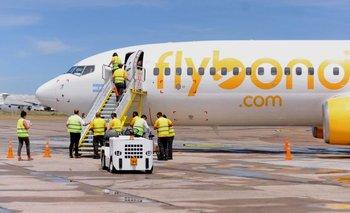 Aterrizaje de emergencia de un avión de Flybondi en Ezeiza | Otro más y van
