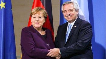 Gira presidencial y relaciones internacionales   Deuda externa