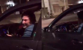 "El video viral de Milei ""pisteando"" donde infringe la ley | Javier milei"
