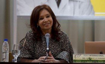 CFK publica la primera foto con su hija Florencia en Cuba | La salud de florencia kirchner