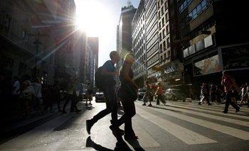 Clima: continúan las altas temperaturas con cielo nublado   Clima