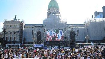 Masiva manifestación en el Congreso por Fernando Báez   Crimen en gesell