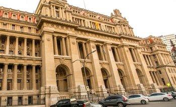 Empleados judiciales paran contra el aguinaldo en cuotas  | Justicia
