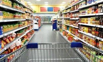 Se desacelera la caída del consumo, pero continúa a la baja  | Consumo