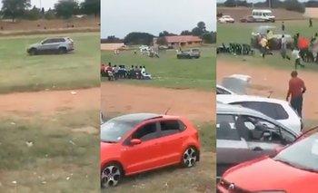 Video: se enojó con el árbitro y casi lo atropella  | Video