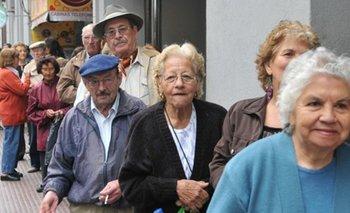 Comienza el pago a jubilados de la Provincia    Jubilados