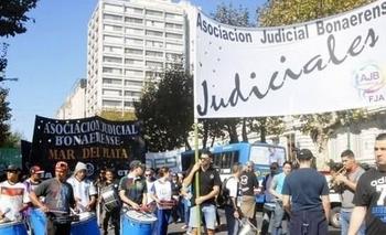 Provincia cerró la paritaria 2020 con el sector judicial por un 34,5% | Paritarias 2020
