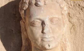 Asombroso hallazgo: momias de más de 2000 años con lengua de oro | Egipto