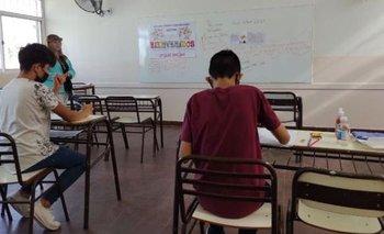 Barbijos y kits higiénicos: el regreso a las aulas en San Juan | San juan