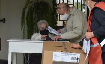 Ecuador vota en unas polarizadas elecciones marcadas por la crisis y la pandemia | Elecciones en ecuador