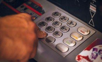 El Gobierno multó a tres bancos por incumplir con los clientes  | Bancos