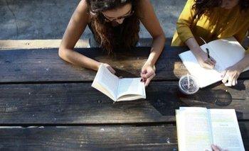Un recorrido por autoras argentinas de todos los tiempos | Literatura
