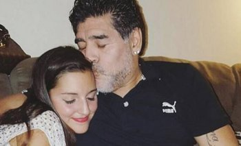 El emotivo video de Jana con Diego Maradona cantando Luis Miguel   Murió diego maradona