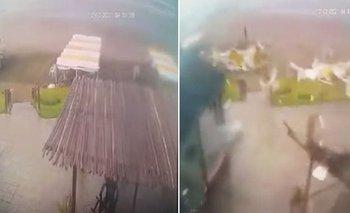 Impactantes imágenes de una tromba marina en Lucila del Mar | Costa atlántica