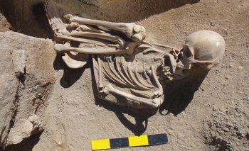 Encuentran 12 tumbas de 6.000 años de antigüedad en Catamarca | Catamarca