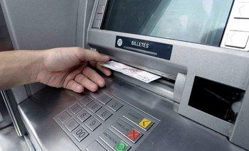 Fuerte crecimiento de los depósitos privados en pesos y en dólares | Bancos