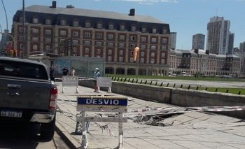 Se hundió un tramo del paseo costero en Mar del Plata   Mar del plata