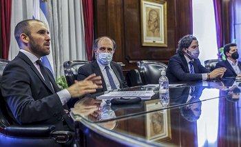 Banco Nación bajó la tasa de descuento de cheques para las pymes | Pymes