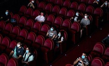 Nuevas aperturas: vuelven los cines, teatros y eventos religiosos | Coronavirus en argentina