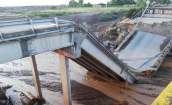 Impactante derrumbe de un puente en la Ruta 40 de Mendoza | Mendoza