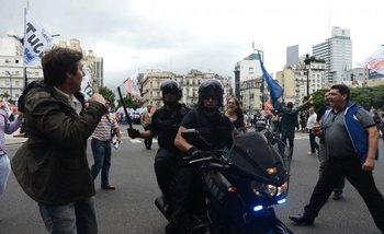 Video: militantes del PRO piden que repriman a manifestantes contra Macri | Congreso
