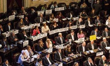 Seis diputados del FpV votaron a favor del acuerdo con los fondos buitre: enterate quiénes son | Maurice closs