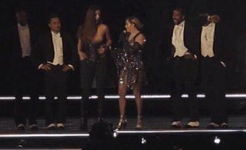 Escándalo: Madonna desnudó a una menor en el escenario | Australia